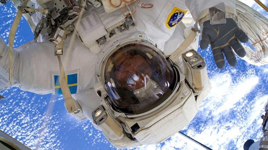 Muitos querem fazer como o astronauta Christer Fuglesang, da Agência Espacial Europeia (ESA) e dar uns rolês espaciais - Nasa/ESA