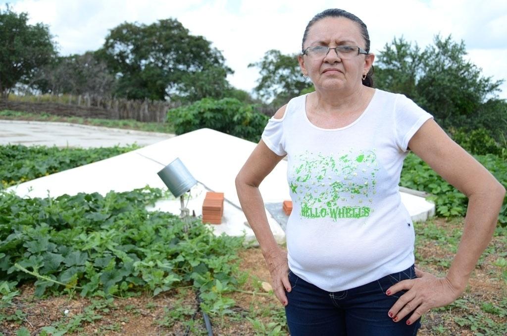 20.mar.2015 - A agricultora Lídia Maria Carvalho Macedo, 55, conta que, antes de ter uma cisterna, a família tinha de andar até quatro quilômetros para conseguir água. Ela mora na zona rural de Padre Marcos (a 384 km de Teresina)