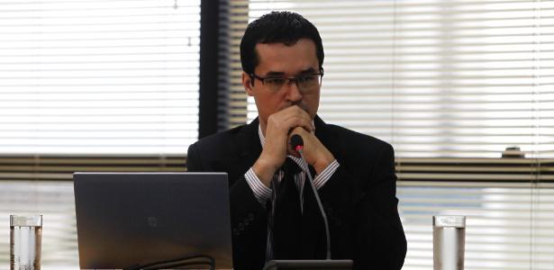 Dallagnol afirmou que sua grande preocupação é que o projeto de lei contra a corrupção que será votado no Congresso não inclua medidas para evitar a prescrição de crimes - Beto Barata/Folhapress