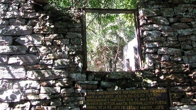 24.mar.2015 - Placas dizem que as construções eram antigas missões jesuítas