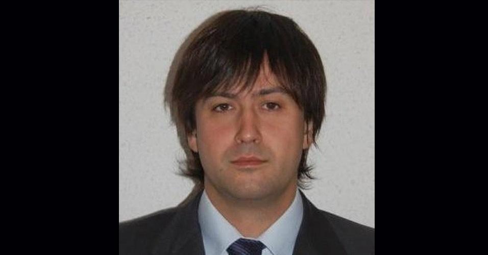 27.mar.2015 - George Motjé Terris nasceu em Girona e tinha 35 anos no momento do acidente com o voo 4U9525, da Germanwings. Ele era um engenheiro industrial e vivia há muitos anos em Barcelona, onde trabalhava para uma companhia alemã
