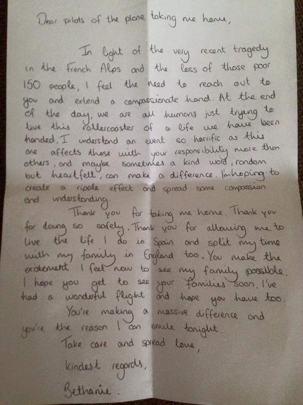 1º.abr.2015 - O piloto da Germanwings Jai Dillon publicou em sua conta no Twitter a carta de uma passageira que agradeceu por ter feito um pouso seguro