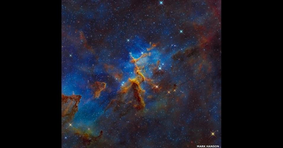 6.abr.2015 - Esta imagem de Mark Hanson é a Nebulosa do Coração, IC 1805, Sh2-190, que fica a cerca de 7,5 mil anos-luz de distância da Terra na constelação de Cassiopeia