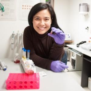 A descoberta da cientista brasiliense Priscila Monteiro Kosaka pode revolucionar o diagnóstico do câncer - Arquivo pessoal