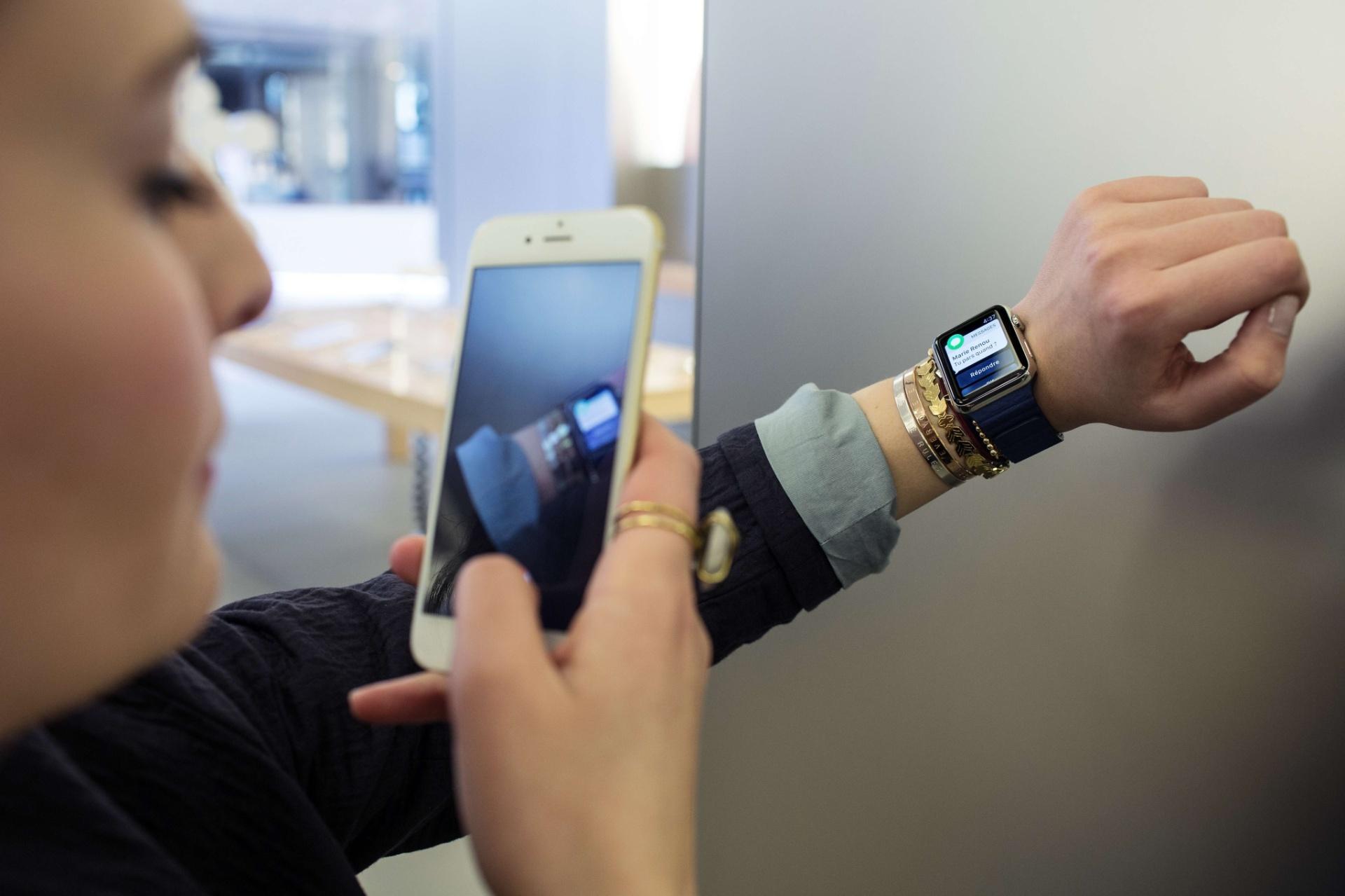 12e12e6842a Smartwatches  vale a pena comprar um relógio inteligente  - 29 10 2015 -  UOL Tecnologia