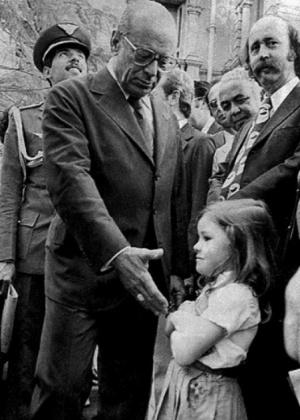 Em 1979, a menina Rachel se recusou a cumprimentar o então presidente João Baptista Figueiredo - Guinaldo Nicolaevsky