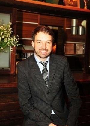Fernando Luis Schuler, cientista político