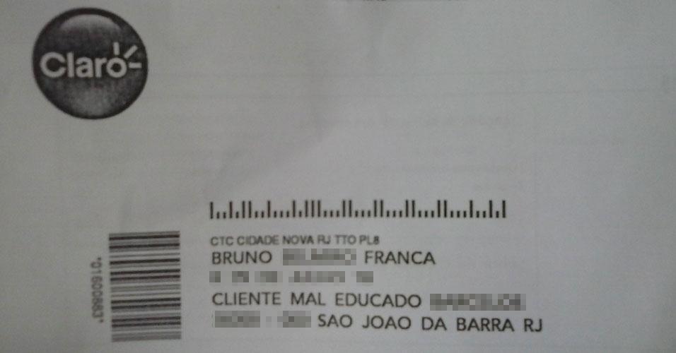 """O autônomo Bruno França, 26, recebeu uma fatura da Claro dizendo """"cliente mal educado"""" (SIC). Segundo ele, em seu último contato telefônico com a operadora, ele tinha pedido o protocolo do atendimento"""