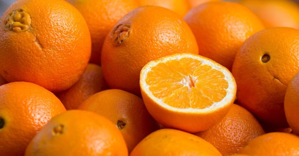A laranja é a 31ª da lista dos vegetais mais nutritivos, elaborada por pesquisadores da Universidade William Paterson , em Nova Jersey (EUA). Os alimentos foram classificados pelo seu teor de fibra, potássio, proteínas, cálcio, ácido fólico, vitamina B12, vitamina A, vitamina D e outros nutrientes