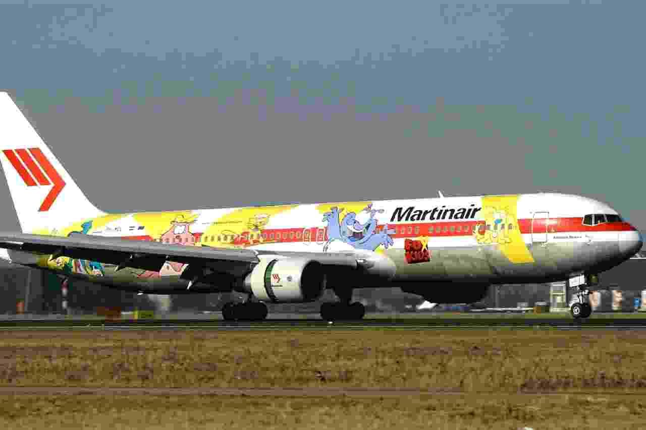 A holandesa Martinair pintou em seu avião Boeing 767 personagens do canal infantil Fox Kids - Divulgação