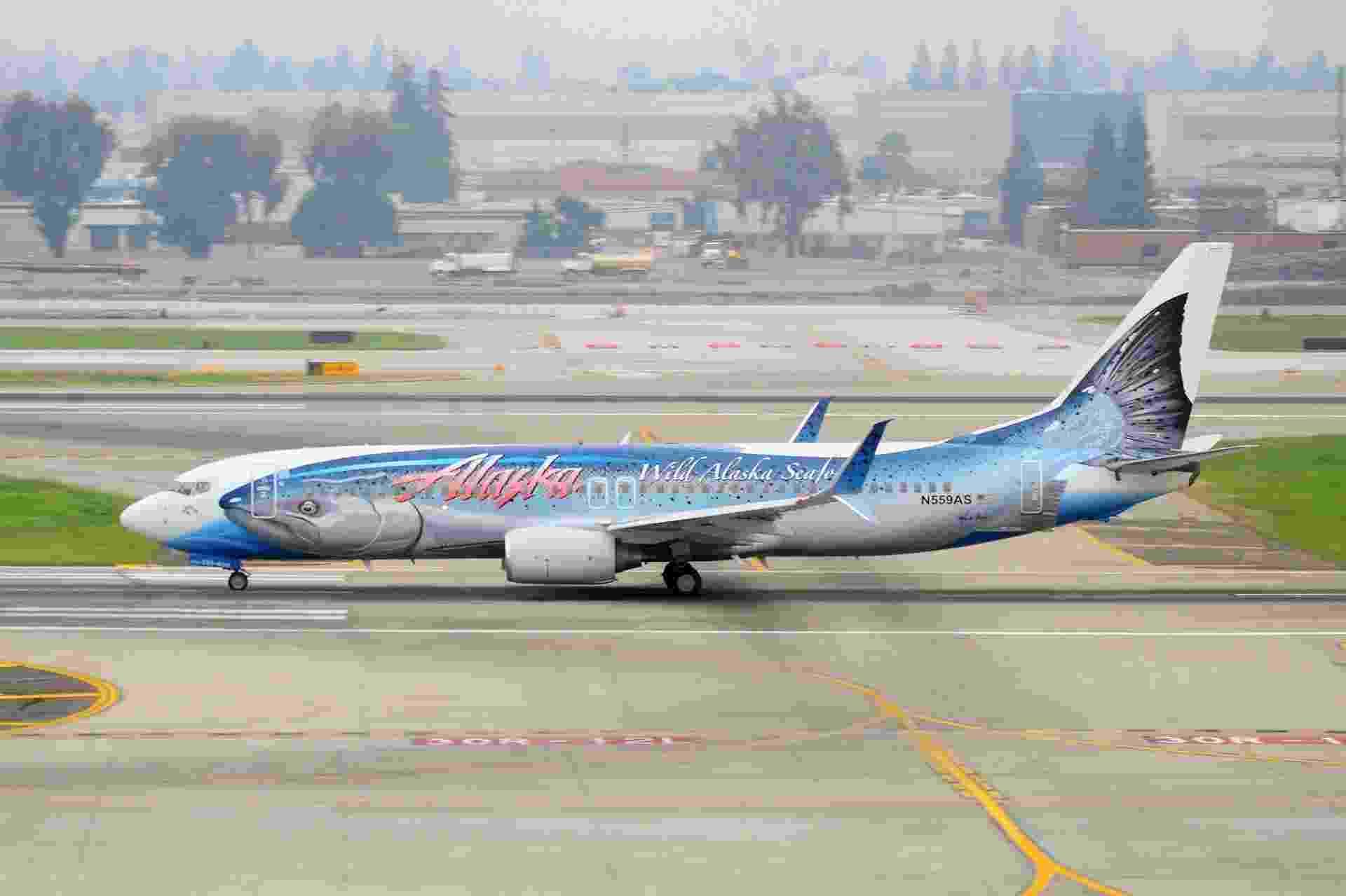 É um peixe? Ou é um avião? É um peixe desenhado neste avião da Alaska Air - Ian Abbott/Flickr