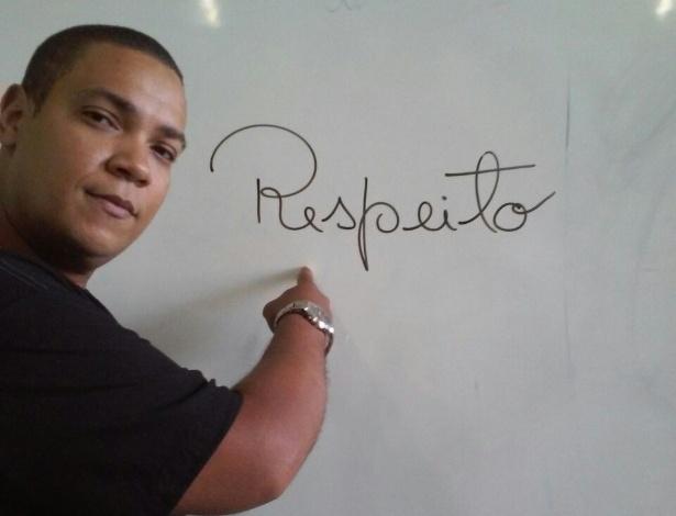 O professor Jakson Queiroz, 35 anos, de Itabuna (BA)