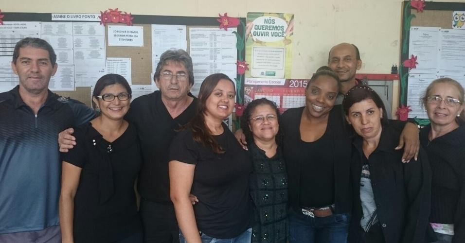 Professores da E. E. Professora Izaura Higa, em Campo Grande (MS)