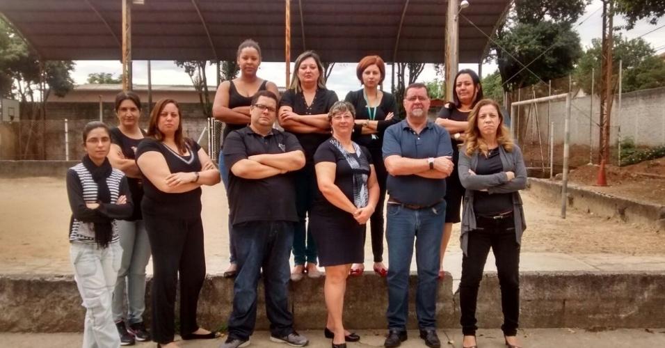 Professores da Escola Estadual Professora Ana Herondina Soares Schychof, em São José dos Campos (SP)