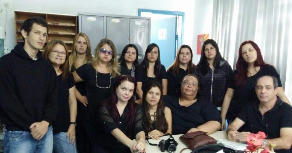 Professores da Escola Municipal Tocantins, em Volta Redonda (RJ)