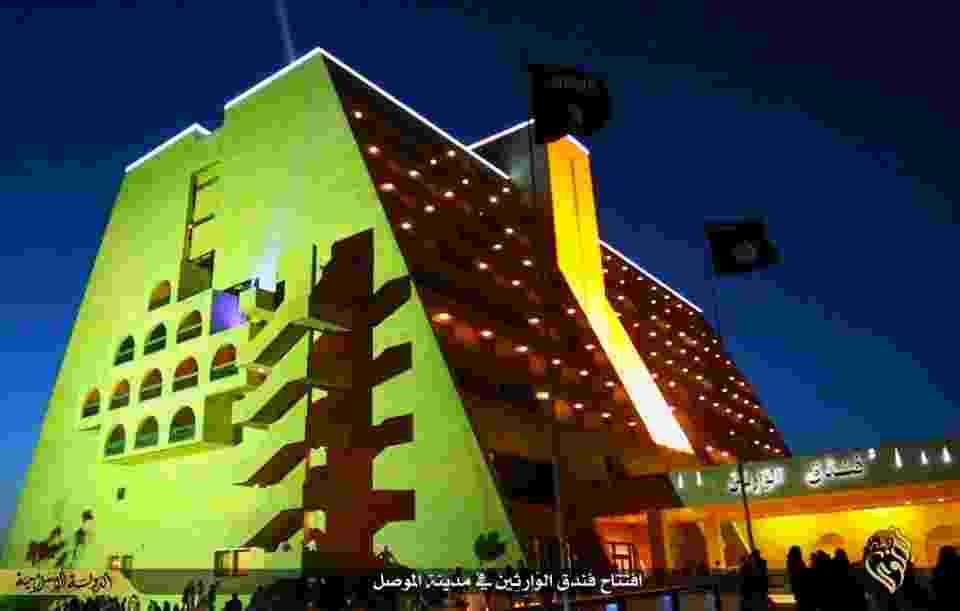 6.mai.2015 - O Estado Islâmico abriu seu próprio hotel de luxo na segunda maior cidade do Iraque, Mosul para hospedar os membros do grupo extremista para visitas à região - Reprodução