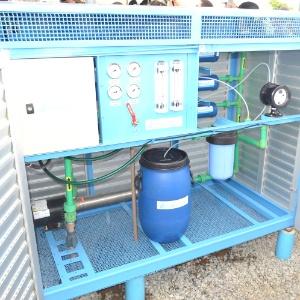 Equipamento dessanilizador que funciona com energia solar - Divulgação