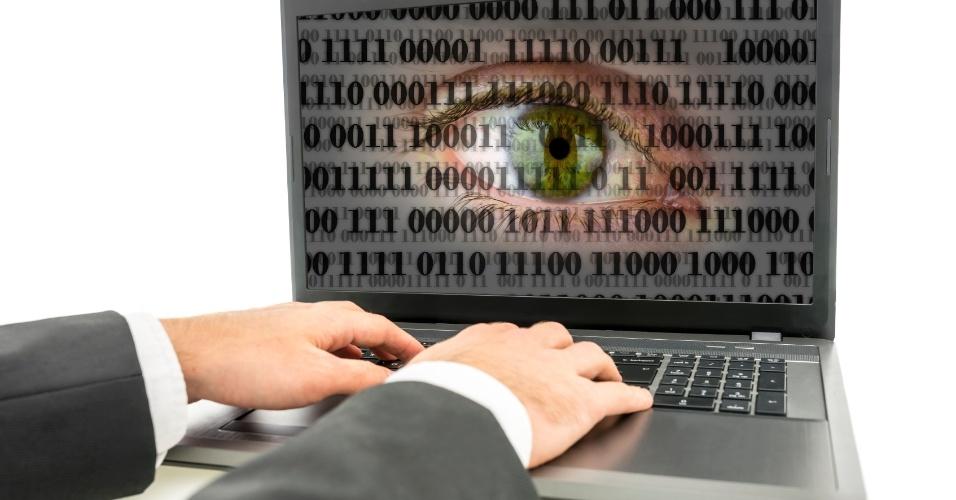 Em parceria com PF, empresa de software espião estaria hackeando o Brasil