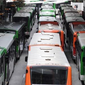 Motoristas e cobradores de ônibus vão paralisar terminais em SP