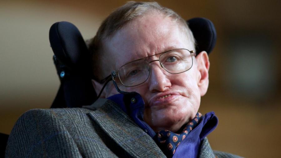 Stephen Hawking, físico britânico que previu o comportamento de buracos negros nos anos 1970 - Getty Images