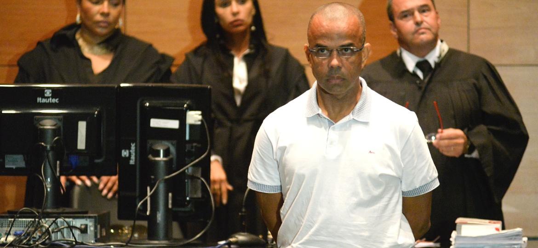 13.mai.2015 - O traficante Fernandinho Beira-Mar é julgado em Júri Popular no Tribunal de Justiça do Rio - Erbs Jr./Frame/Frame/Estadão Conteúdo
