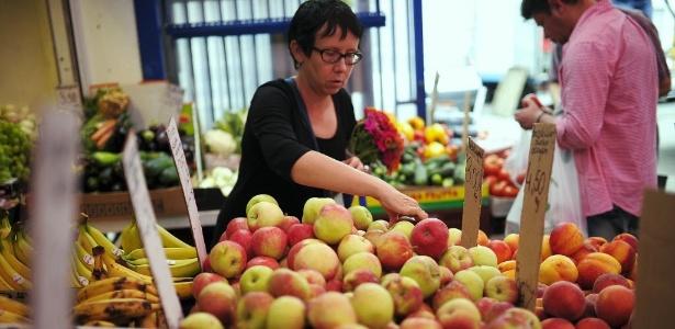 As maçãs estão no topo da lista de frutas com os maiores níveis de resíduos de pesticidas do Grupo de Trabalho Ambiental - Filip Klimaszewski/Reuters
