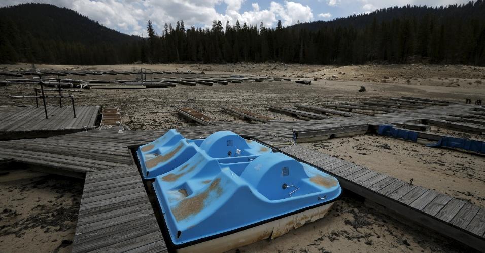 Pedalinhos no lago Huntington em High Sierra, na Califórnia. Os reguladores aprovaram as primeiras regras em todo o Estado para o licenciamento de projetos de dessalinização da água do mar