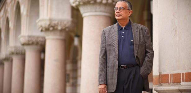 Krishna Palem, cientista da computação da Universidade Rice, no Texas - Michael Stravato/The New York Times