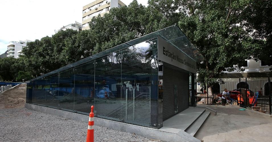 15.mai.2015 - A entrada da estação Nossa Senhora da Paz, da Linha 4 do Metrô do Rio de Janeiro, na praça de mesmo nome, em Ipanema, na zona sul da cidade, está em fase final de obras