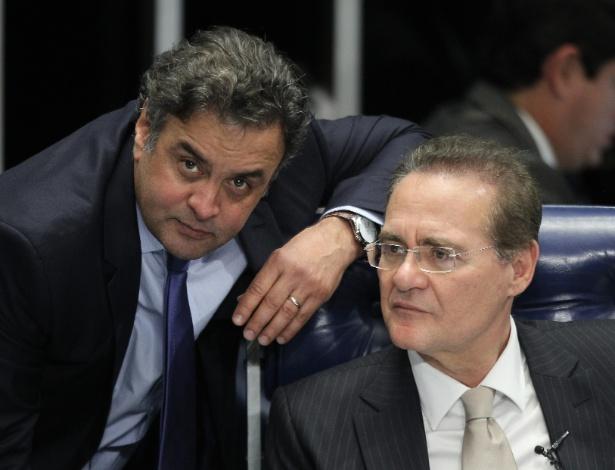 Renan Calheiros e Aécio Neves durante sessão do Senado no ano passado