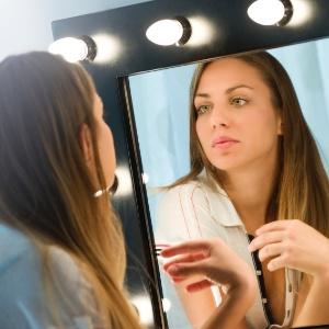 Jovens têm comportamento narcisista e ambicionam a fama - Getty Images