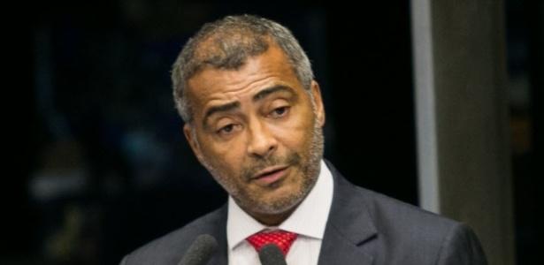 Romário reuniu 53 assinaturas no Senado para a CPI do Futebol - Ed Ferreira/Folhapress