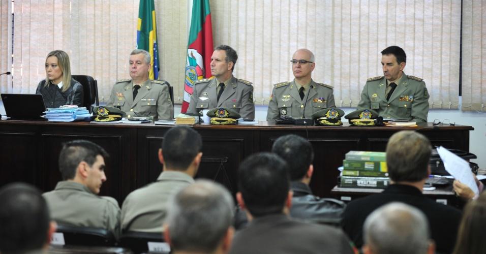 2.jun.2015 - Começa nesta terça-feira (2) o primeiro julgamento do caso do incêndio na boate Kiss, em Santa Maria(RS). Oito bombeiros serão julgados na Justiça Militar