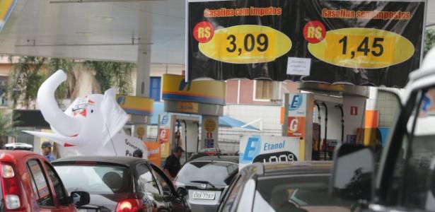 Alta dos combustíveis | 15 estados terão gasolina sem impostos amanhã