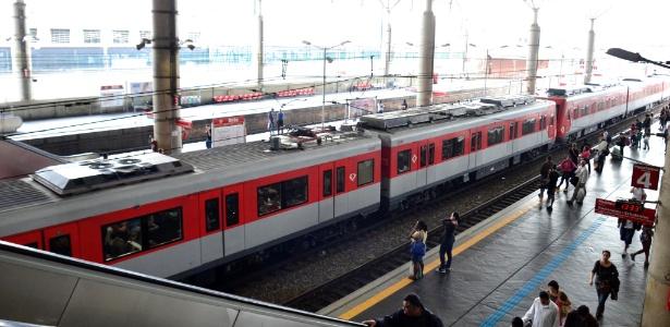 Circulação de trens lentamente volta a funcionar na estação Brás da CPTM - Cris Faga/Estação Conteúdo