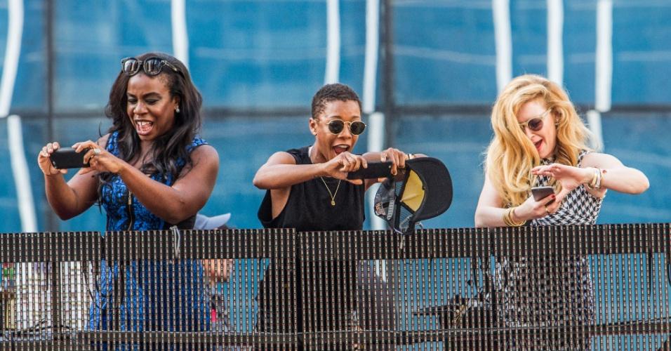 7.jun.2015 - As atrizes Uzo Aduba, Samira Wiley e Natasha Lyonne, do seriado