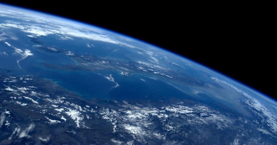 11.jun.2015 - Última imagem feita pela astronauta italiana Samantha Cristoforetti antes de retornar à Terra, após 199 dias a bordo da Estação Espacial Internacional (ISS, na sigla em inglês)