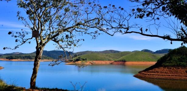 Sem chuva, nível cai nos reservatórios de SP; Cantareira fica estável  - Nilton Cardin/Estadão Conteúdo