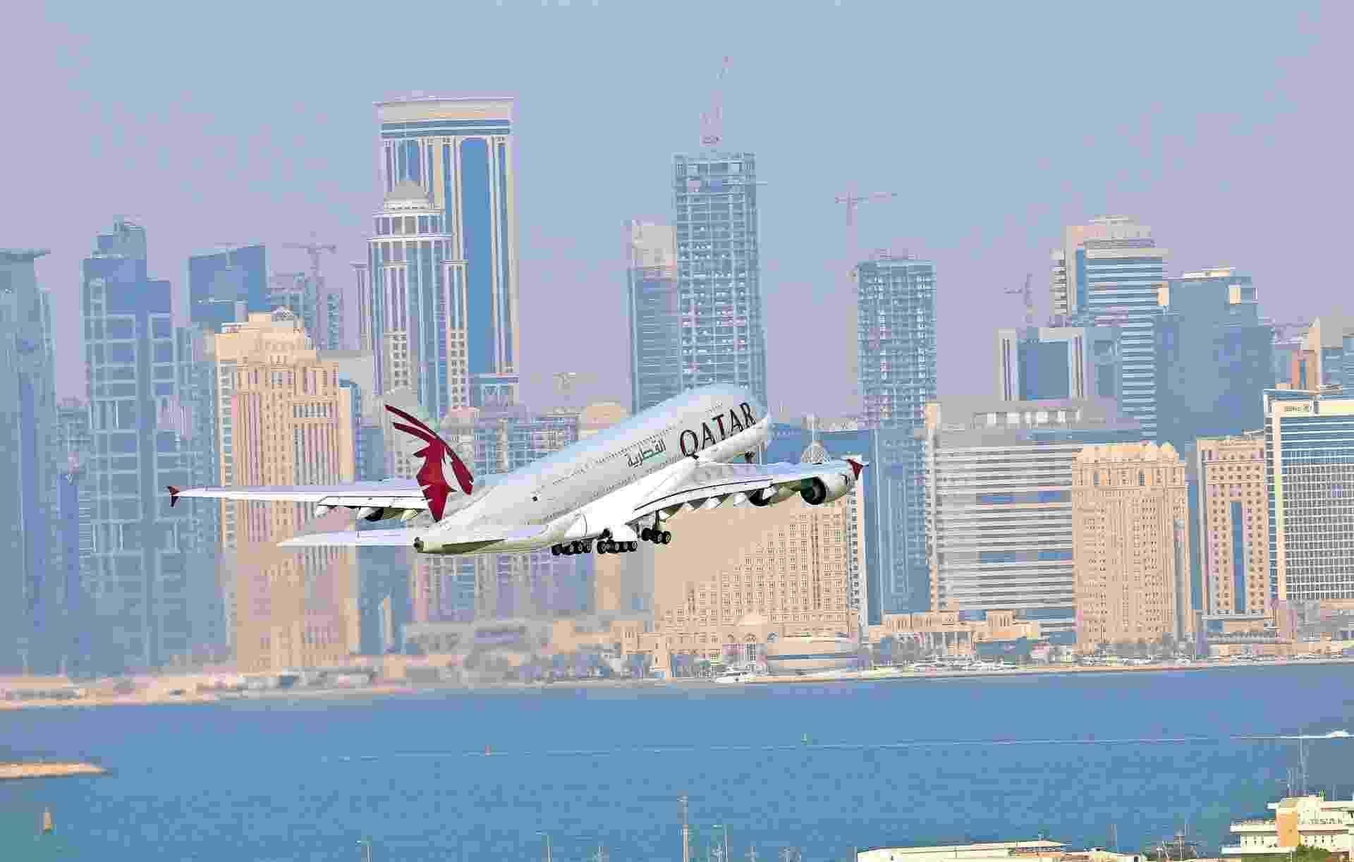 Avião da Qatar Airways, companhia aérea do Qatar - Divulgação
