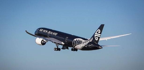 """17º LUGAR: AIR NEW ZEALAND - A empresa neozelandesa ficou em 17º no """"Oscar"""" da aviação (Skytrax World Airline Awards) de 2015. No ano passado, estava uma posição acima: na 16ª"""