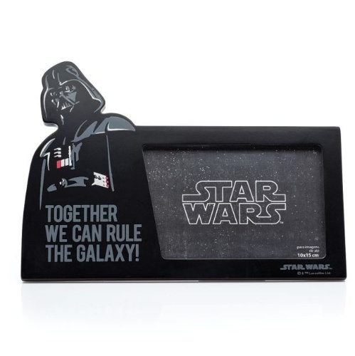 Porta-retrato Darth Vader, da Imaginarium. Custa R$ 69,90