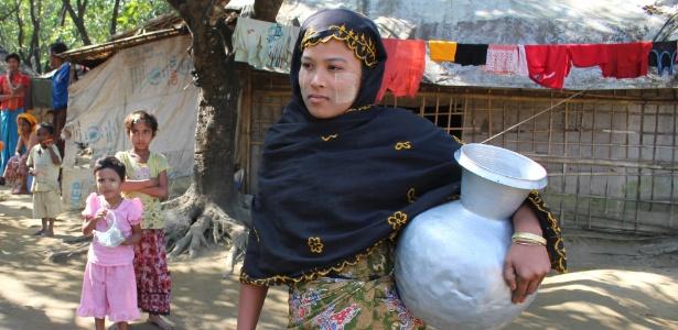 Jano Begum é uma das vítimas da perseguição à minoria muçulmana rohingya, em Sittwe (Mianmar)