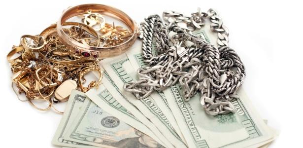 19cc894881e Penhorar joia da família é um dos empréstimos mais baratos  entenda ...