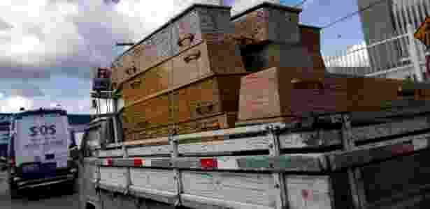 Caixões de presos mortos no Compaj, em Manaus - Ueslei Marcelino/Reuters