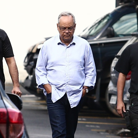 3.jul.2017 - O presidente da Fetranspor, Lelis Teixeira, chega à sede da Polícia Federal, no centro do Rio - Wilton Júnior/Estadão Conteúdo