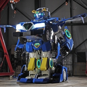 O J-deite RIDE, em modo humanoide - Brave Robotics/Divulgação