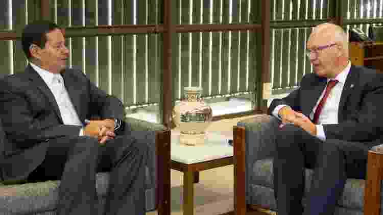 Presidente em Exercício, Hamilton Mourão durante Audiência com Georg Witschel, Embaixador da Alemanha no Brasil - Romério Cunha/VPR - Romério Cunha/VPR