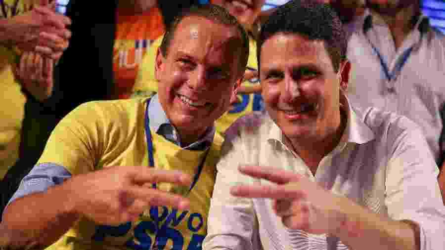 O governador de São Paulo, João Doria (à esquerda), e o presidente do PSDB, Bruno Araújo  - Pedro Ladeira/Folhapress