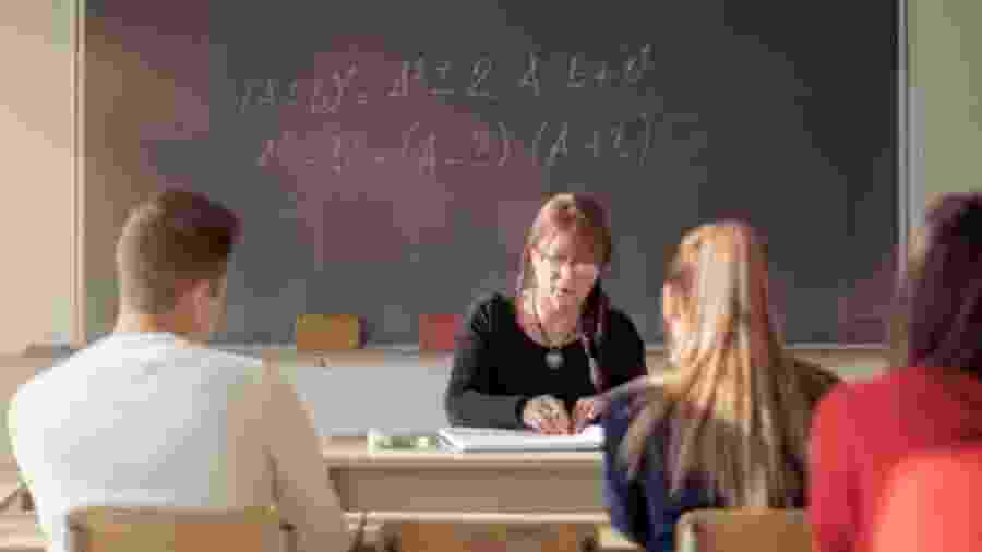 Professores brasileiros conseguem usar apenas 67% do tempo de sala de aula para o aprendizado - Getty Images/BBC