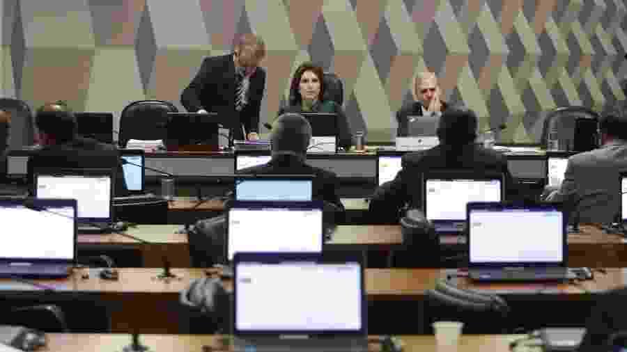 A relatora da proposta, Caroline de Toni (PSL-SC), apresentou seu parecer e foi concedida vista conjunta - GABRIELA BILÓ/ESTADÃO CONTEÚDO